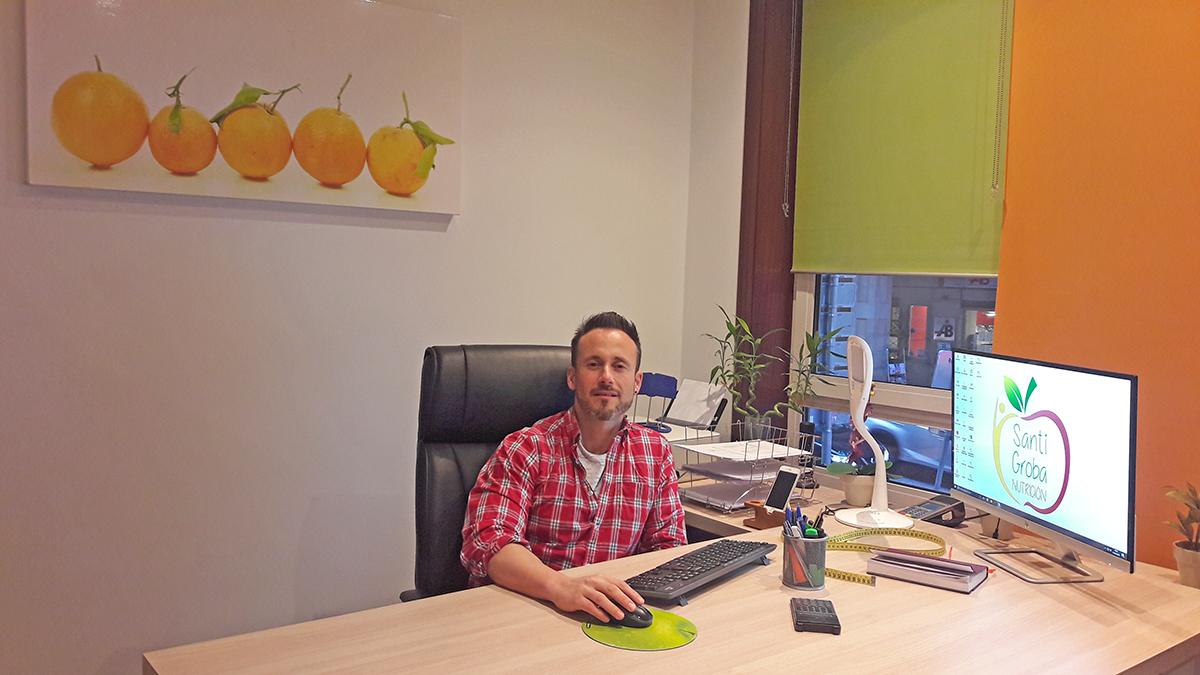 Entrevista a Santi Groba, biólogo y especialista en nutrición, sobre los loncheados de Torre de Núñez